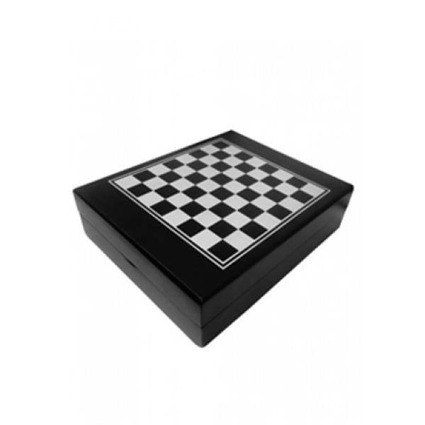 Kit vinho personalizado com 4 peças e jogo de xadrez – caixa de madeira PB7292