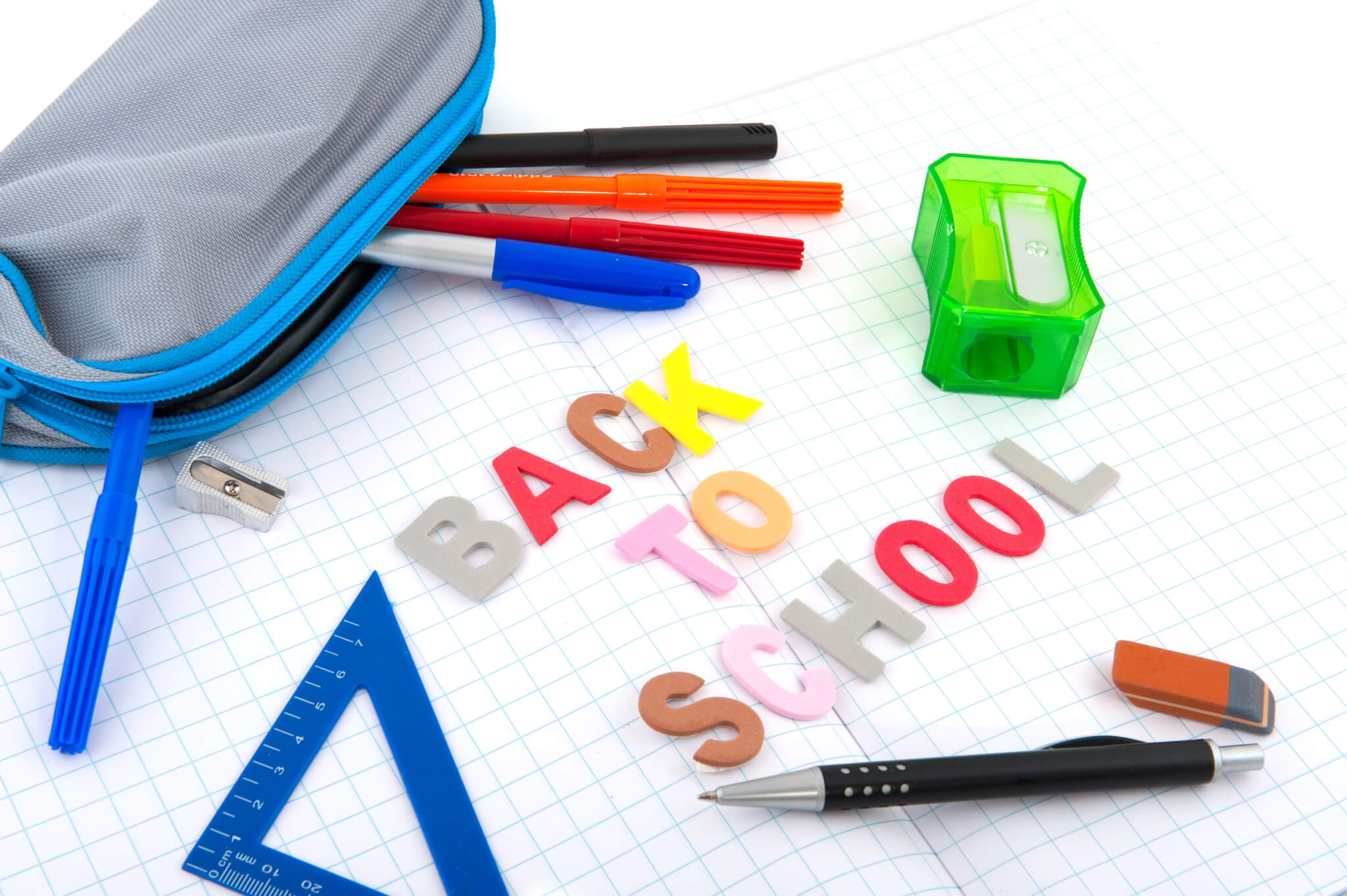 Estojo escolar personalizado: 9 razões para criar kits com o brinde